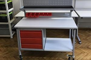 stół montażowy z oświetleniem kraków