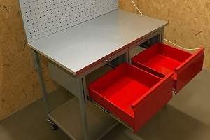 realizacja stołu warsztatowego