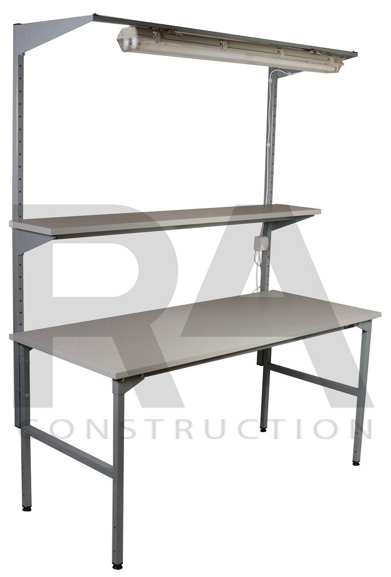 realizacja stołu montażowego z półką i podświetleniem blatu