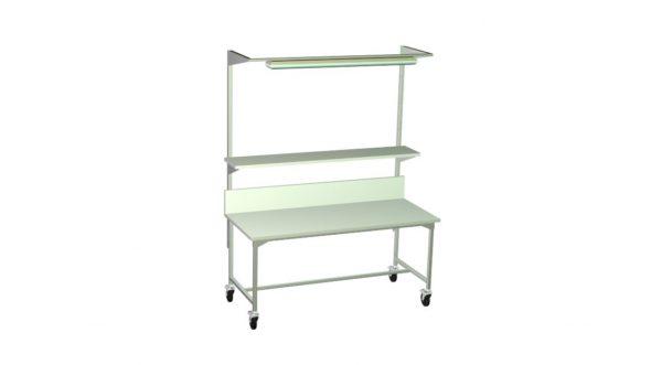 Duży stół kontrolny na kółkach