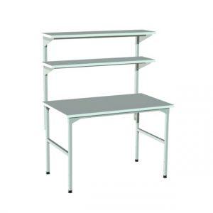Stół montażowy z półkami