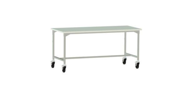 stół produkcyjny na kołach